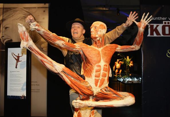 Gunther von Hagens, navegante del cuerpo humano