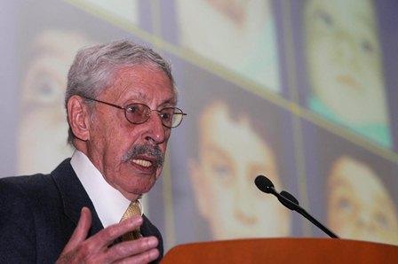 Dr. Fernando Ortiz monasterio: Dr Honoris Causa por la UNAM