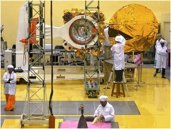 Sonda espacial podría hacer de la India el primer país asiático en alcanzar Marte, a bajo costo