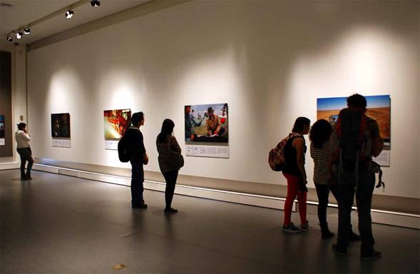 """""""50 fotos que cambiaron al mundo"""", la exposición en el Centro Histórico."""