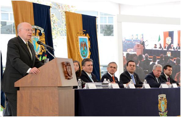 Dona Gobierno del Distrito Federal cinco predios a la UNAM