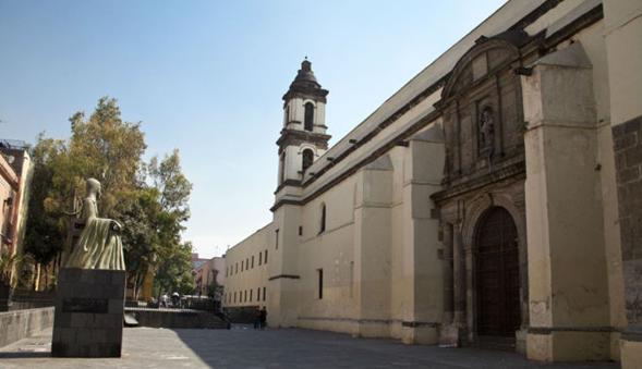 El convento de San Jerónimo, claustro de Sor Juana