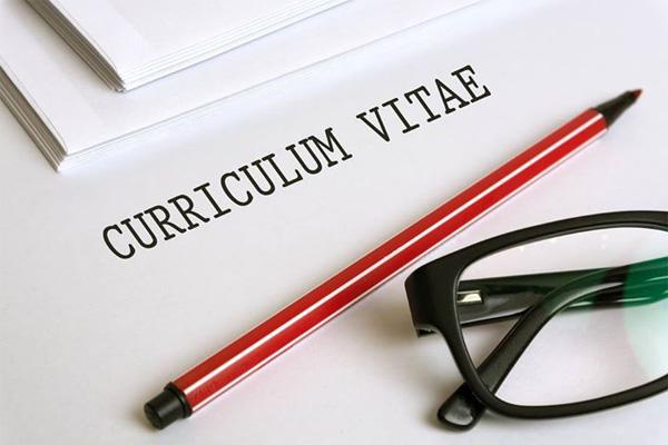currículum-vitae